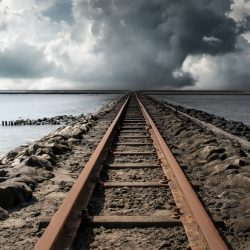 Railroad Cloud Horizon +100 Iphone