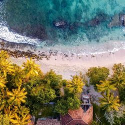 Ocean Beach House Sky View iPhone Wallpaper | +100 Iphone